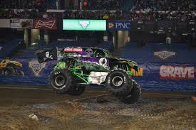 Grave Digger Lands After An Impressive Wheelie During The ... Charlotte Nc Jan 2 Pure Adrenaline Stock Photo 43792255 Shutterstock Monster Truck Destruction 265 Jalantikuscom Jam Mania Takes Over Cardiff The Rare Welsh Bit Freestyle Tacoma 2017 Youtube Karsoo San Diego 2012 Grave Digger Freestyle Las Vegas Nevada World Finals Xviii A Frontflipping Explained By Physics Inverse Avenger Picks Up Win In Anaheim To Start 2018 Extreme Nationals Flickr Houston Texas Trucks 5 2008 17 Wiki Fandom Powered Cbs 62 A 4pack Of Tickets Detroit