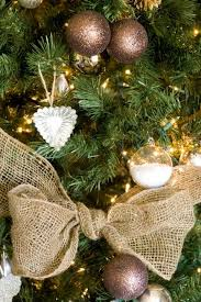 Saran Wrap Christmas Tree With Ornaments by Christmas Tree Decorating Ideas Midwest Living