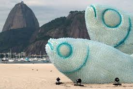 Fish Sculpture Made Out Of Recycled Plastic Bottles In Brasil BE KIND AND GENTLE TO OUR EARTH USE LESS RECYCLE MORE REUSE MAKE RECREATE