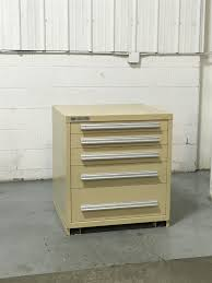 Stanley Vidmar Cabinet Drawer Dividers by Used Vidmar 5 Drawer Cabinet 33 Inch Industrial Tool Storage 785