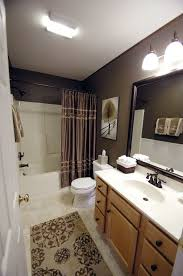 Guest Bathroom Decor Ideas Pinterest by Best 25 Brown Bathroom Decor Ideas On Pinterest Brown Bathroom