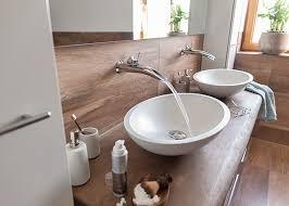 holzelemente im bad badezimmer bad einrichtung