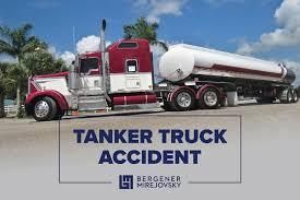 100 Tanker Truck Crash 2 Killed In Hawthorne Fiery On The 105 Bergener