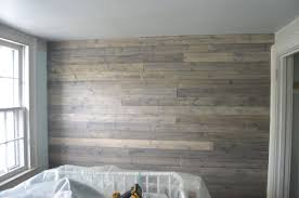 how to a reclaimed wood plank wall