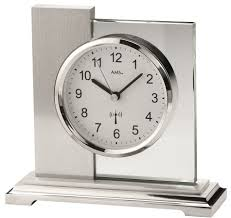 wohnzimmer uhren zum hinstellen clock wall clock mantel