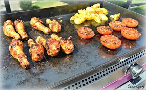 barbecue a la plancha pilons de poulet marinés à la plancha céci bon