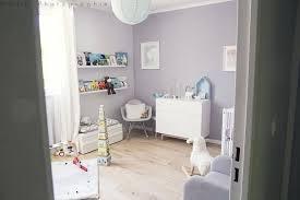 decoration chambre bebe mixte chambre bebe neutre plus aux tons photo deco chambre bebe mixte