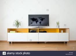 detail der modernen wohnzimmer wand mit tv stockfotografie