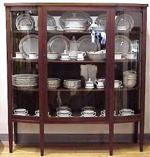 Breakfront Vs China Cabinet by How To Display Crystal Glassware And China Home Furniture