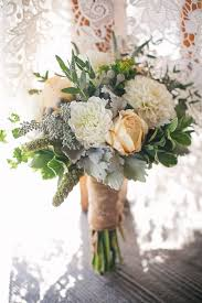 How To Create A Rustic Wedding Bouquet