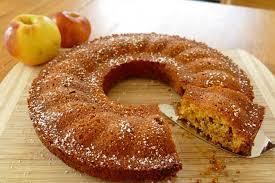 schneller saftiger apfel karotte nuss schokoladen kuchen