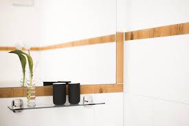 glas laminat badezimmer mit eichenoptik glas bordüre