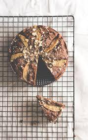 kleiner schoko birnen kuchen mit mandelmehl feines gemüse