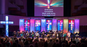 Bellevue Baptist Church Singing Christmas Tree by Bellevue Baptist Church Enhances Worship Experience With Led