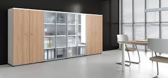 armoire bureau armoires bois le mariage du chic et de l élégance bureaux