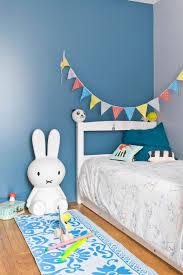 peindre mur chambre comment peindre une chambre de garcon idées décoration intérieure
