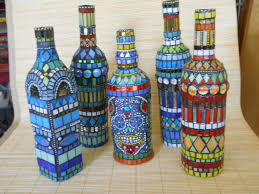 Decorative Wine Bottles Ideas by Best 25 Mosaic Bottles Ideas On Pinterest Cd Diy Mosaic Ideas