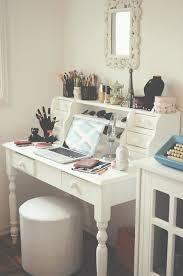 Bathroom Makeup Vanity Sets by Corner Makeup Vanity Set Best 25 Corner Vanity Table Ideas On
