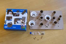 Your Cat DIY puzzle feeders