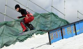 Skiers snowboarders throng to Longmont for Hops Handrails