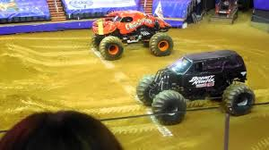 Jam Monster Truck Show Dc Washington Crushstation Vs Bounty Hunter ... Monster Jam World Finals Xvii Competitors Announced Bounty Hunter Win In St Louis Featuring Arlin Hot Wheels Year 2014 124 Scale Die Cast Metal Body Yuge Truck Weekend Trac In Pasco Rev Tredz New Hotwheels 5 Trucks Wiki Fandom Powered By The Of Gord Toronto 2018 Jacobkhan Sport Mod Trigger King Rc Radio Controlled Hollywood On Potomac Las Vegas Nevada Xvi Racing March 27