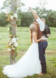 Popular Rustic Wedding Dresses For Country Photography Idea