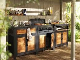 meuble cuisine exterieure bois le barbecue peut se transformer en véritable cuisine d extérieur
