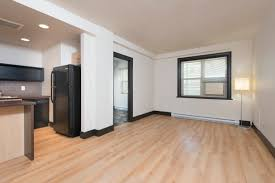 100 Ritz Apartment 2 Bedroom Towers Realty