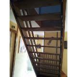 sécurité enfant escalier filet de protection du garde corps
