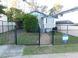 100 Addison Rd 8 Road Camira QLD 4300 Onthehousecomau