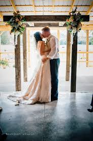 Sinking Creek Farm Wedding by Barn At Rush Creek Venue Sugar Grove Oh Weddingwire