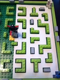 Also The Game Comes With A Paper Template To Lay On Board So You Can Build Hedge Maze Instructions Suggest Trying Make Your Own