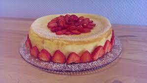 jil s fluffy pastries ny cheesecake mit keksboden und erdbeeren