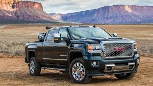 2017 GMC Sierra Denali 2500HD Diesel: 7 Things To Know - The Drive Gmc Comparison 2018 Sierra Vs Silverado Medlin Buick F150 Linwood Chevrolet Gmc Denali Vs Chevy High Country Car News And 2017 Ltz Vs Slt Semilux Shdown 2500hd 2015 Overview Cargurus Compare 1500 Lowe Syracuse Ny Bill Rapp Ram Trucks Colorado Z71 Canyon All Terrain Gm Reveals New Front End Design For Hd