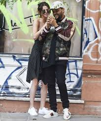 Dave And Busters Halloween Toronto by Selena Gomez And The Weeknd Can U0027t Keep Their Hands To Themselves