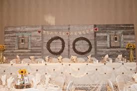 Kijiji Rustic Barnboard Head Table Backdrop