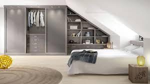 chambre dans comble comment aménager une chambre sous les toits