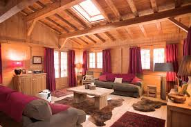 Amazing Curtain Living Room Decorating Ideas Red Fabric Windows Beige Rustic Wood Coffee Table Square