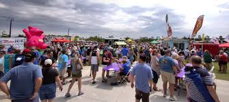 Southwest Florida Forks: Food Truck Craziness At Food Truck Wars Food Truck Wars Muskogee Chamber Of Commerce Jeremiahs Ice On Twitter Keeping It Cool With Ucf_knightro Sanford Food Truck Wars Competion Sanford 365 Foodtruckwar2 Naples Herald Food Truck On The Brink Lunch And The City Ucfastival Adds Atmosphere To Spring Game Life Nsmtoday Inaugural Event At Six Bends Ft Myers Pizza Nyc Film Festival I Dream Of Warz 2 Kicking Up A Notch Bdnmbca Brandon Mb Wars Saskatoon Association Faq