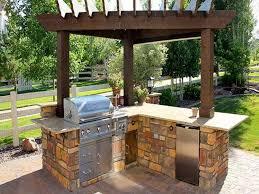 Patio Bar Design Ideas by Simple Backyard Patio Designs Best 25 Simple Outdoor Kitchen Ideas