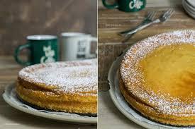 cremiger cheesecake mit löffelbiskuit