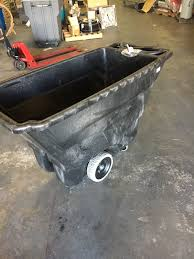 RUBBERMAID 9T14 GARBAGE Structural Foam Plastic Tilt Cart Dumping ... Rubbermaid Fg102800bla Rectangle Dome Tilt Truck Lid Plastic Black Cart Wheels Trash Cans Rubbermaid 135 Cu Ft Capacity 450 Lb Load Akro Mils 60 Gal Grey Without Tilt Truck Max 2722 Kg 1011 Series Videos Rotomolded By Commercial Rcp1314bla Cleaning Equipment Supplies Refuse Control Debris Removal Carts Trucks In Stock Uline Abandoname Dump 1 2 Cubic Yard 850pound