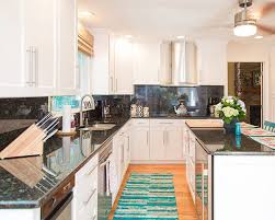 Kitchen Countertops And Backsplash Pictures Should Countertops Backsplashes Be Made From The Same