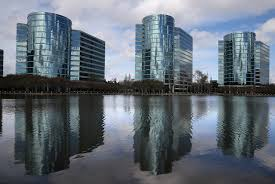 Oracle Cuts Hardware Jobs As Cloud Business Hovers
