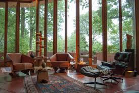 104 Vertical Lines In Interior Design Houzz Tour An Architectural Relic Thrives The Heartland Of Ohio Modern Living Room Cleveland By Adrienne Derosa Houzz Au