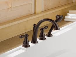 Delta Bronze Bath Faucet by Faucet Com T4775 Ss In Brilliance Stainless By Delta