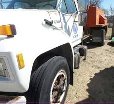 1990 Ford F800 Asphalt Patch Truck | Item L7404 | SOLD! Apri... 2015 Wicked Industries 53 Foot Pratt Ks 5001217940 2006 Kenworth T800 5002946266 Cmialucktradercom Southwest Trucking School Best Image Truck Kusaboshicom Precision Ag Solutions Home Facebook Photos Children Get A Close Up Look At Big Vehicles Big Kansas Motor Carriers Association Afilliated With The American Advanced Biofuels Usa Lonnie Saloga Drilling Manager Sterling Linkedin 2007 Freightliner Business Class M2 106 5001217961