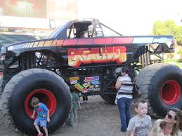 100 Ace Ventura Monster Truck Field Trip Mom MONSTER JAM ANGEL STADIUM ANAHEIM CA