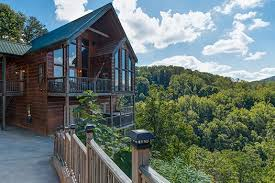 4 Bedroom Cabins In Pigeon Forge by Auburn Sky A Pigeon Forge Cabin Rental