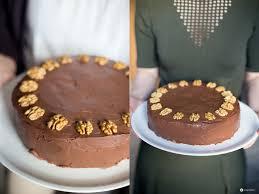 walnusstorte mit baiser und schokolade festliche torte